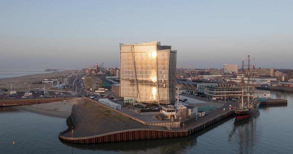 Architecture by the sea: KCAP's Inntel Hotels Den Haag Marina Beach