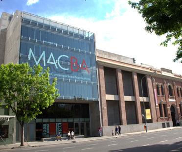 Il museo come valore urbano aggiunto. Primo anniversario del MACBA, Buenos Aires.