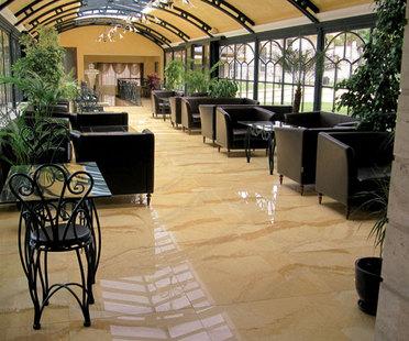 Hotels: Räume zum Wohlfühlen für die Gastlichkeit mit Steinzeug
