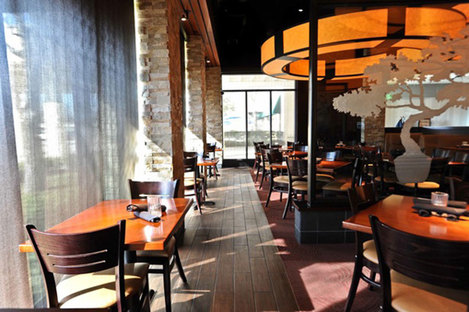 Feinsteinzeug zur Oberflächengestaltung in Bars und Restaurants