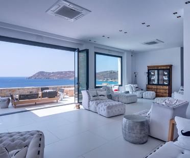 Hotel und Resort auf Mykonos mit den Fliesen Ultra Ariostea