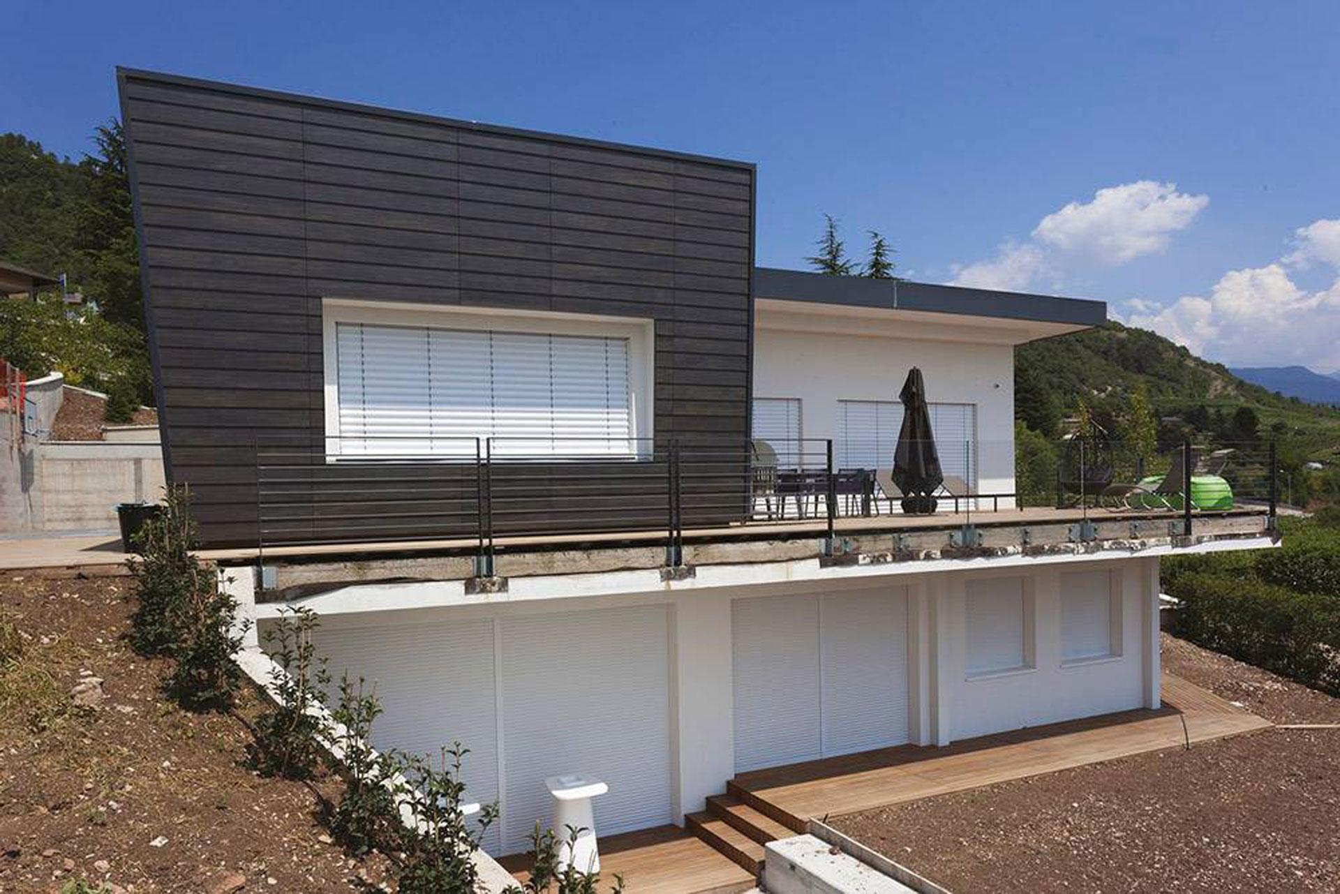 Hinterlüftete Wände für das Haus mit Feinsteinzeugfliesen