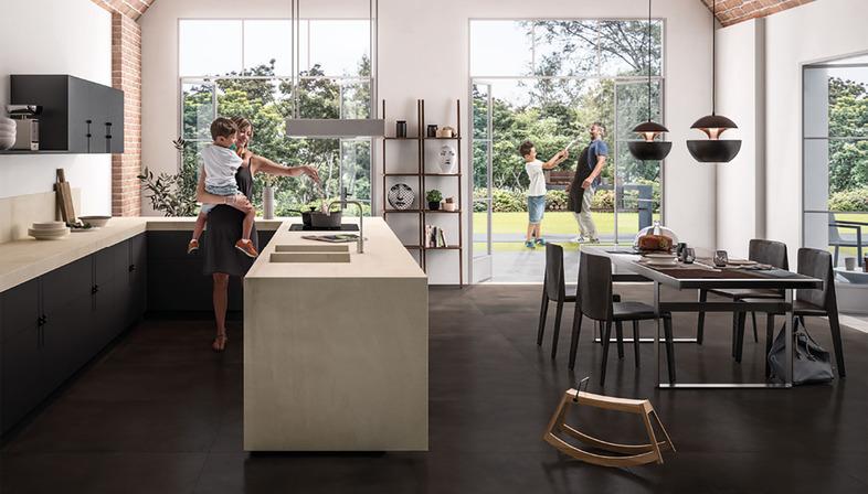 SapienStone: Die erste Feinsteinzeugmarke für Küchenarbeitsplatten