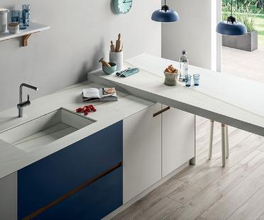 SapienStone: das hochwertige Feinsteinzeug wird zur Küchenarbeitsfläche