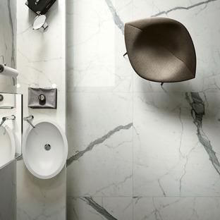 Marmor-, Stein-, Harz- und Zementoptiken: die Keramikvorschläge Fiandre und Aqua Maximum