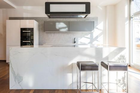 Essentiell und elegant: die hellen Oberflächen der Küchenarbeitsplatten SapienStone