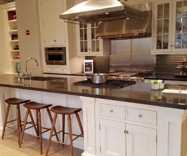 SapienStone Pietra Grey für einen eleganten und zeitgenössischen Look in der Küche