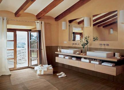 Warme, entspannende Umgebungen mit technischer Keramik in Holzoptik
