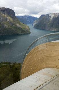 Aurland. Nationale Touristenstraßen in Norwegen. Projekt: Saunders & Wilhelmsen
