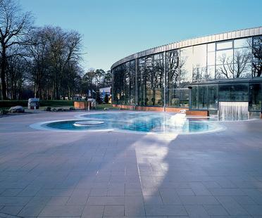 Außenflächen und die Architektur der neuen Plätze.
