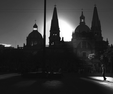 René Valencia, Street Photography in Guadalajara