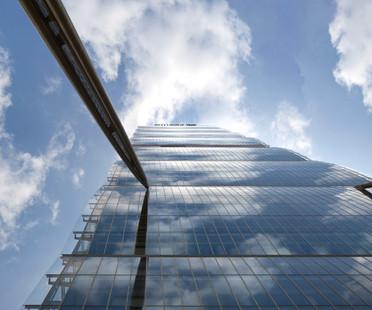 Die Fassade des Allianz Tower von Mailand – Andrea Maffei