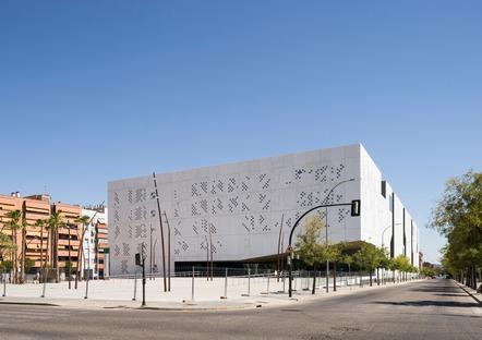 Fassade mit GRC-Betonplatten für den Justizpalast von Mecanoo in Cordoba