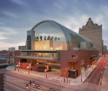 Musik unter einem Glas- und Stahlgewölbe im Kimmel Center von Viñoly in Philadelphia