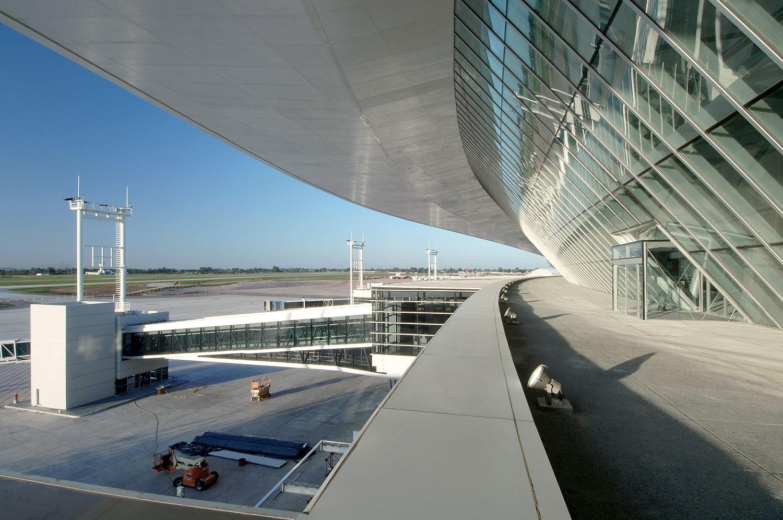 Überdachung des Carrasco International Airport von Viñoly in Montevideo