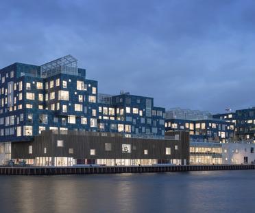 The International School Kopenhagen mit Solarfassade von C.F. Møller Architects
