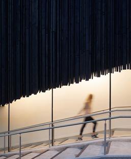 Holzfassade für das neue Kulturviertel des Wellington College von Seilern Architekten