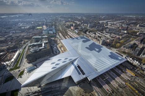 Glas, Aluminium, Zement und Holz für den Rotterdamer Hauptbahnhof