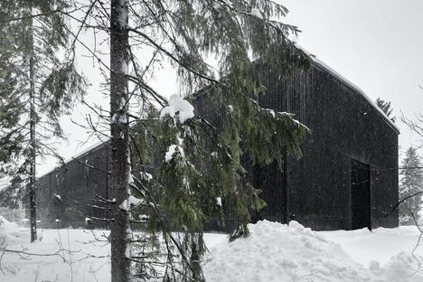 Eine Brennerei aus Beton, die wie Holz aussieht. Projekt von Avanto Architects