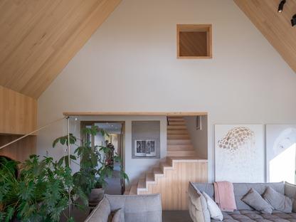 Ein holländisches Bauernhaus aus Aluminium und Holz von Mecanoo
