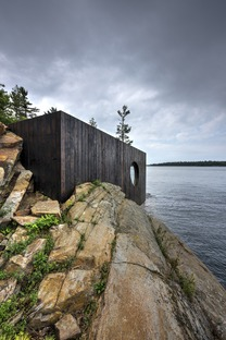 Grotto Sauna von Partisans aus vorgealtertem Holz