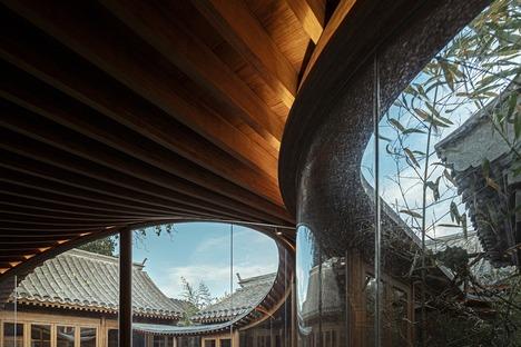 Restauriertes Haus aus Holz, Ziegelstein und laminiertem Bambus in Peking