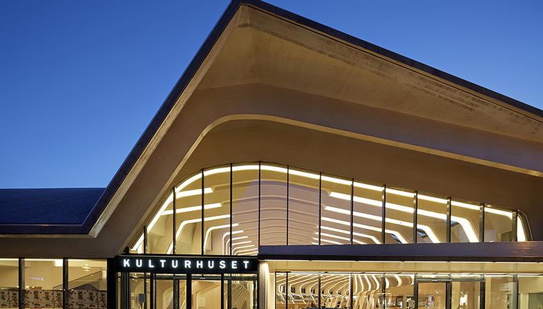 Bibliothek aus Brettschichtholz in Vennesla von Helen & Hard architects