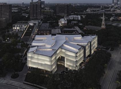 Das Nancy and Rich Kinder Museum mit Glas- und Acryl-Mehrschichtfassade
