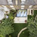 Ein Gartenjuwel aus Holz und Glas von Tsuruta Architects