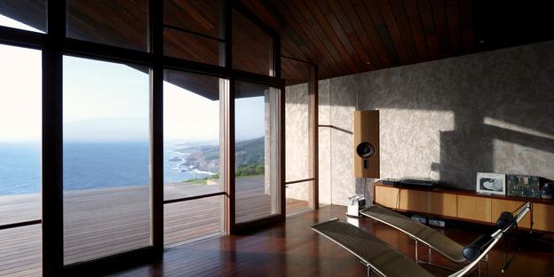 Ein Low-Tech Haus von Dekleva Gregorič arhitekti