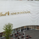 Christ & Gantenbeins Home of Chocolate aus glasiertem Ziegel und Beton